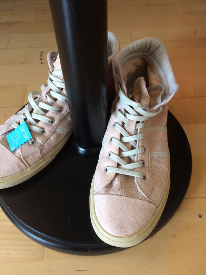 Klamotte-abends-noch-kühl-Outfit #35 - Schuhe