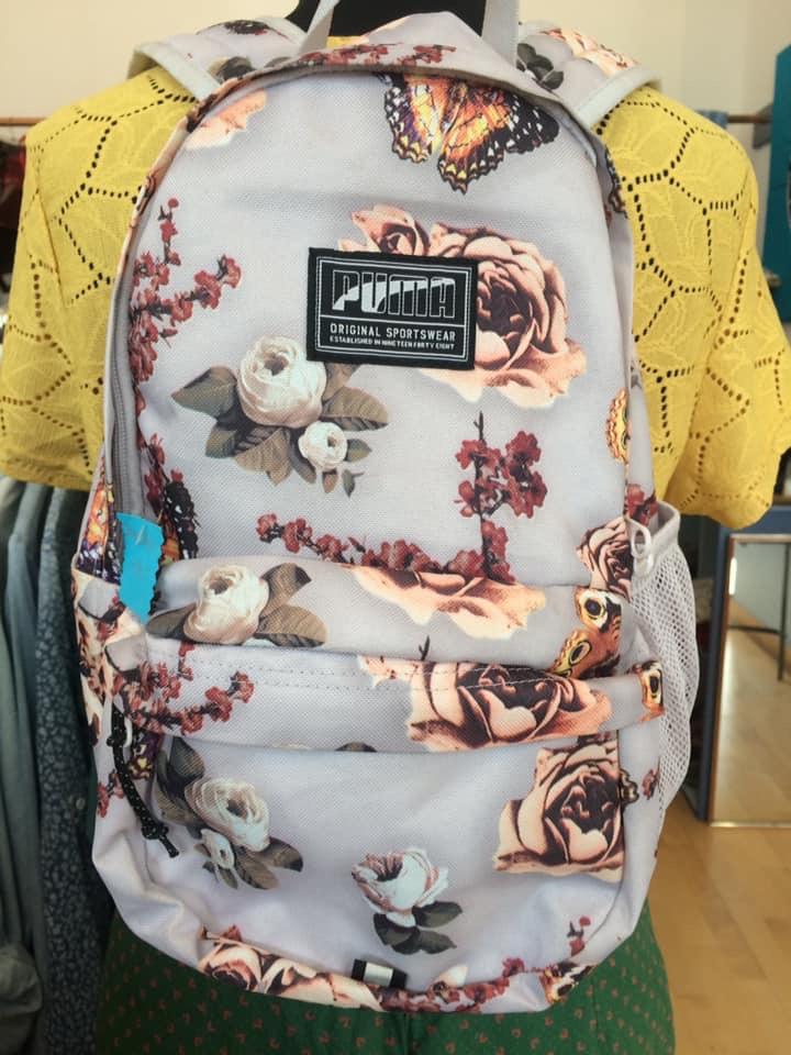 Klamotte-der-Sommer-wird-bunt-Outfit #37 - Rucksack