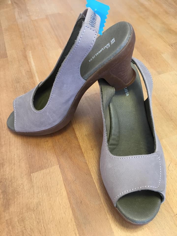 Klamotte-läutet-den-Sommerschlussverkauf-ein-Outfit #51 - Schuhe 1