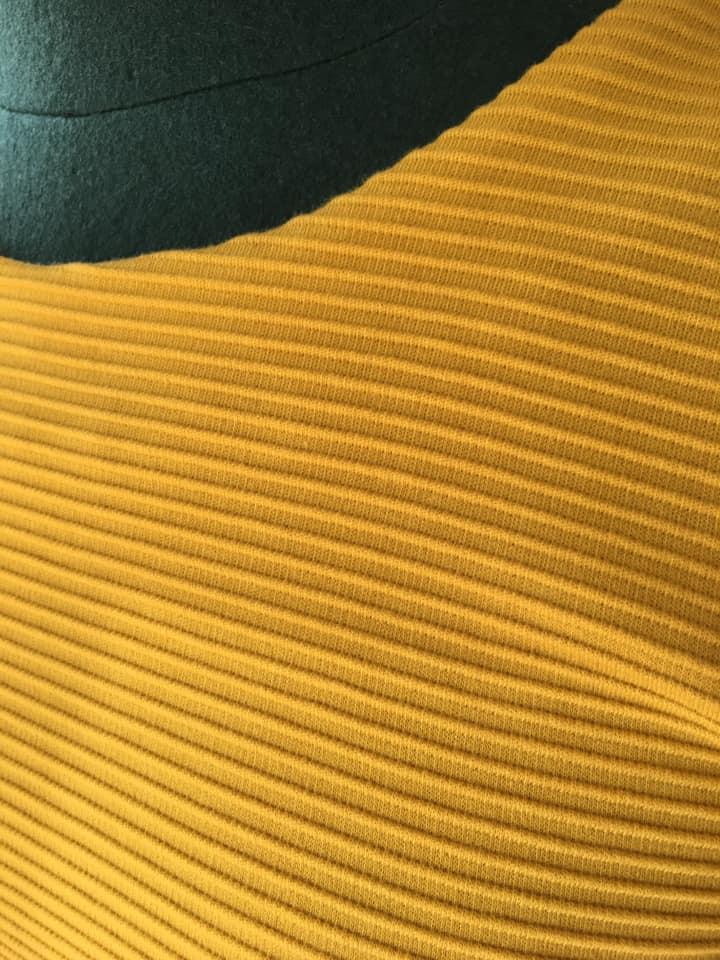 Klamotte-Sonne-zum-Anziehen-Outfit #93 - Detail